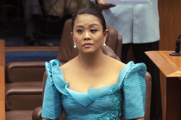 Jim Paredes Reacts On His Viral Video: All About Juan » [WATCH] Nancy Binay Learns It The Hard