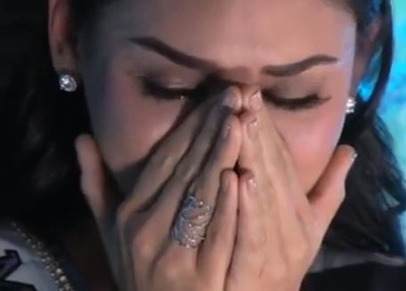 Miss Universe Pia Wurtzbach In Tears During ABS-CBN Return
