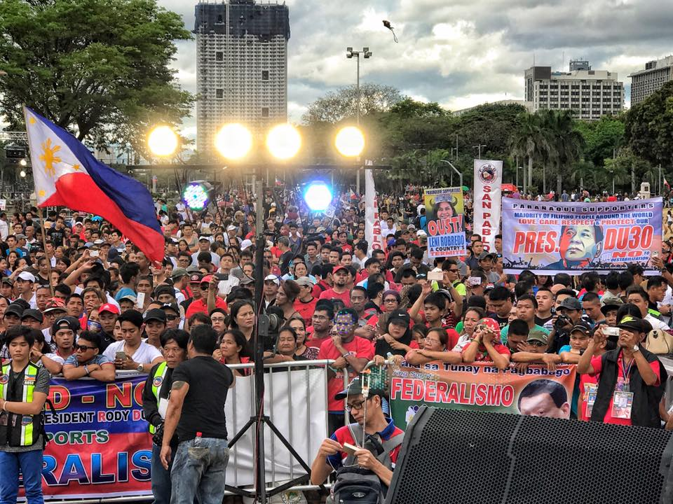 Crowd at #PaliBiseRally in Luneta