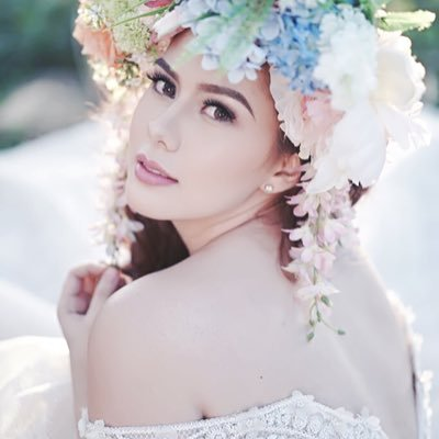 Vickie Rushton Unfollow Jason Abalos