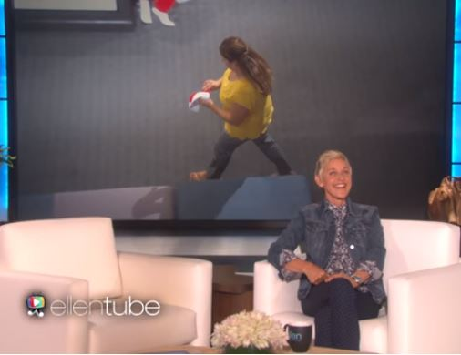 Ellen Caught One Of Her Audience Members Stealing
