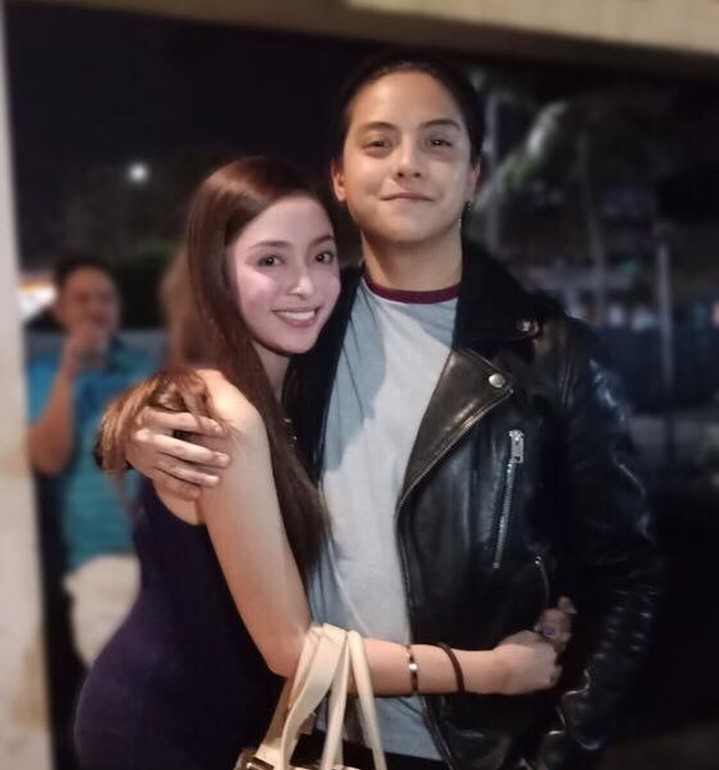 Girl Gets Bashed After Posting Photos with Daniel Padilla